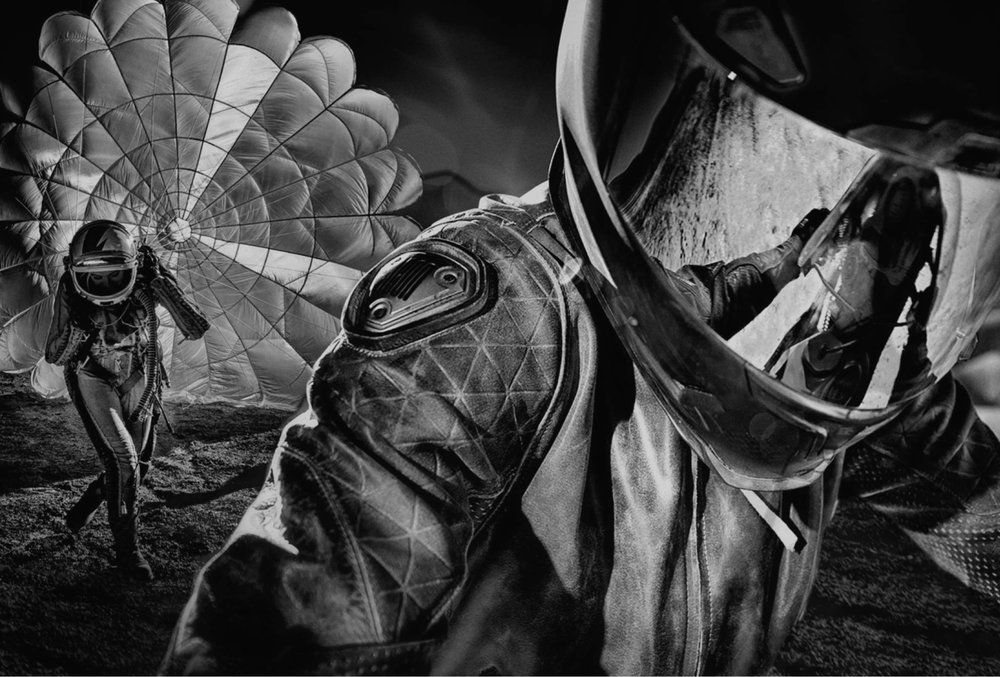 icon_full-header-parachute.jpg
