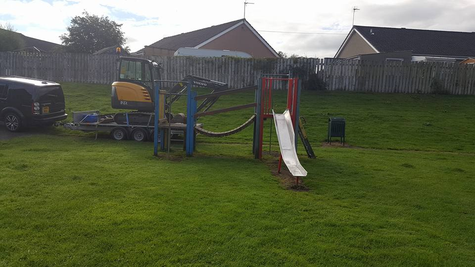 Play unit removal, Kintore