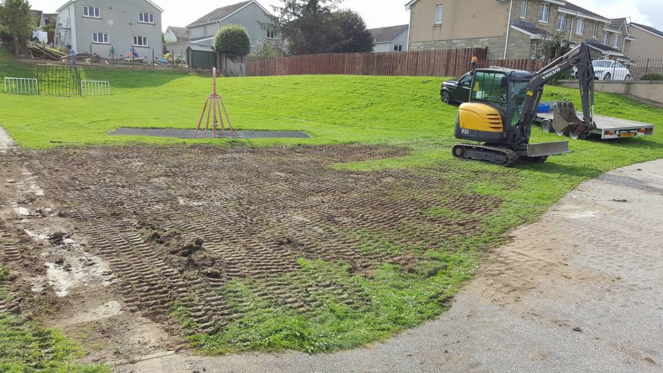Kintore play unit removal