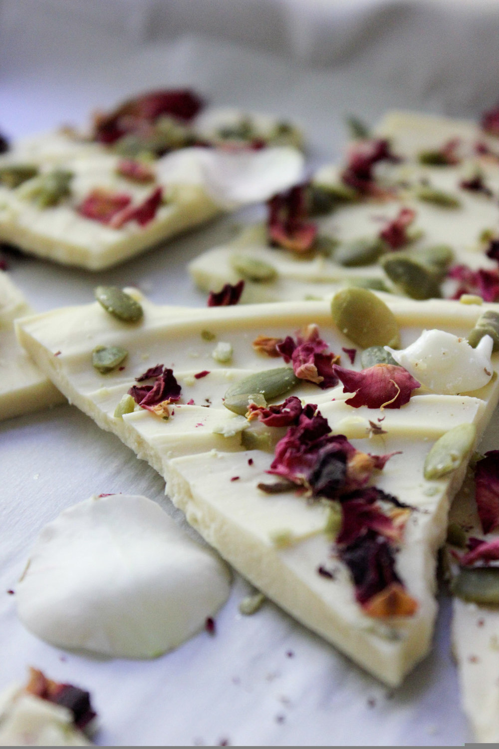 rose pepita white chocolate bark