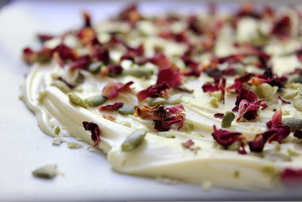 rose pepita white chocolate bark up close