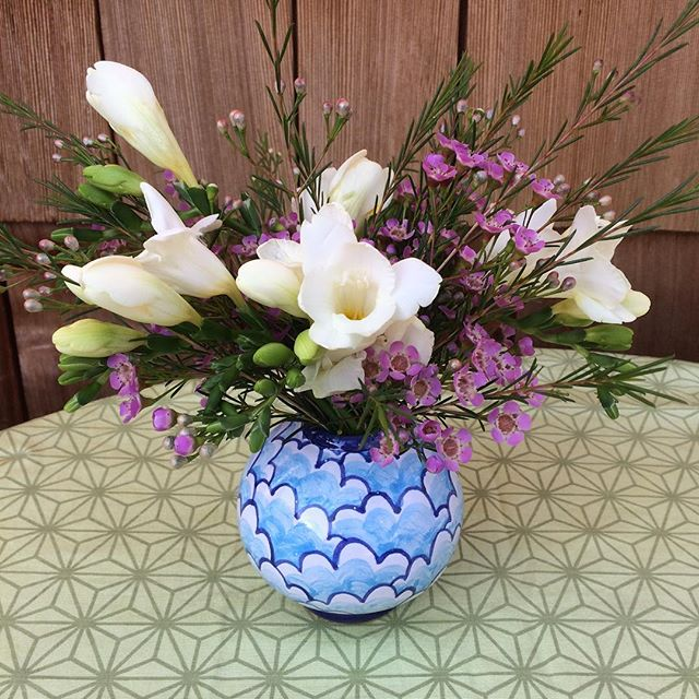 #ceramics  #spring #flowers #majolica