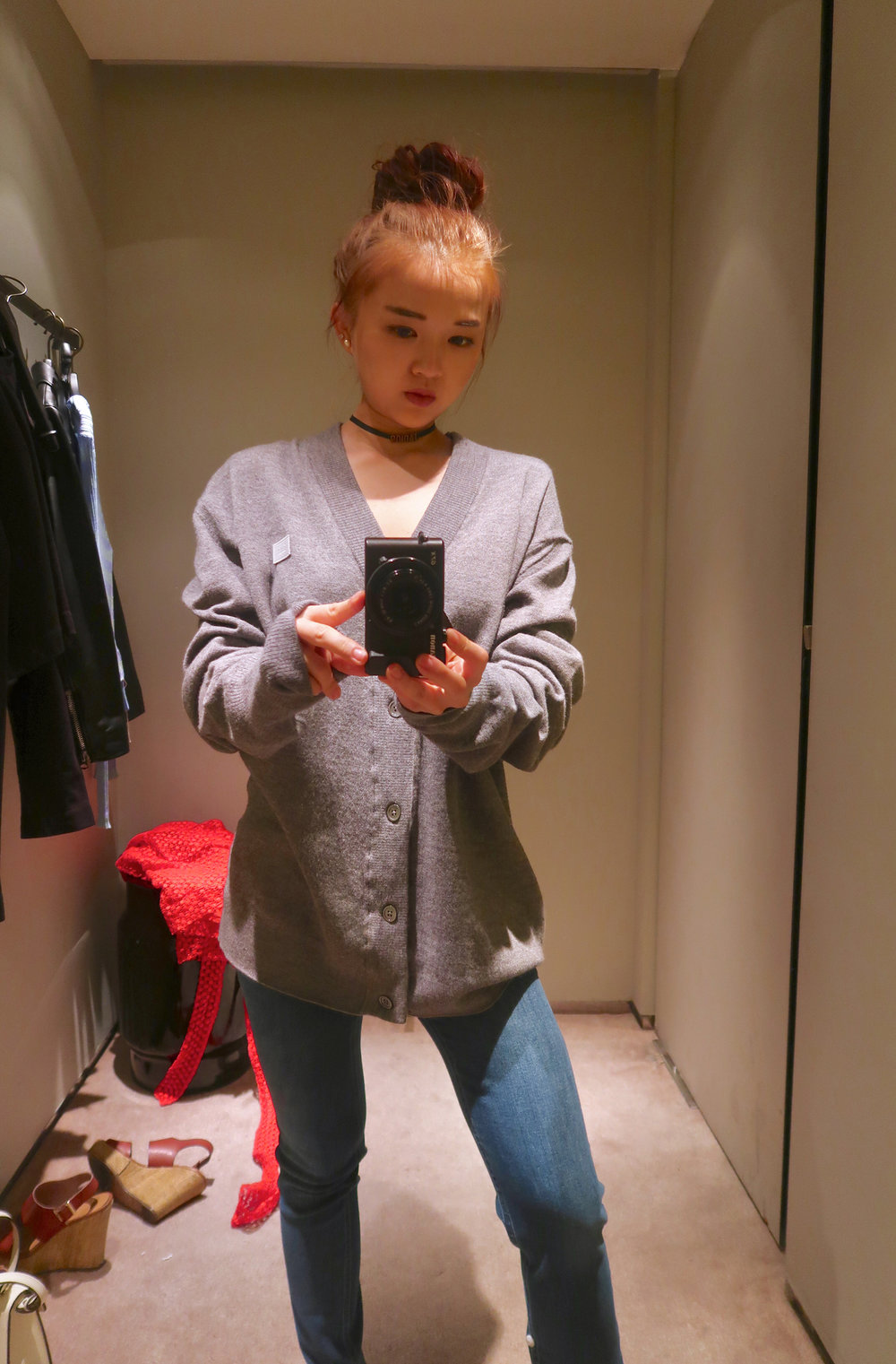 selfie_acne_studios_size_chart_sahar_sweater.jpg