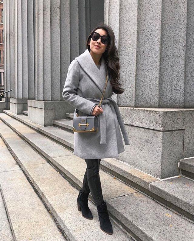 Strolling into winter with @jeanwang✌️Classy❤️ . . . #fashion #fashioninspo #fashionstyle #fashionpost #fashionreview #fashionreviews #fashionable #fashionblogger #fashionbloggers #fashionblog #fashiongirl #fashionlover #fashionlovers #fashiondaily #fashionshopping #fashionusa #fashionasia #fashiondress #fashionclothes #fashionclothing #luxuryfashion #luxurystyle #petitestyle #petite #designerdress