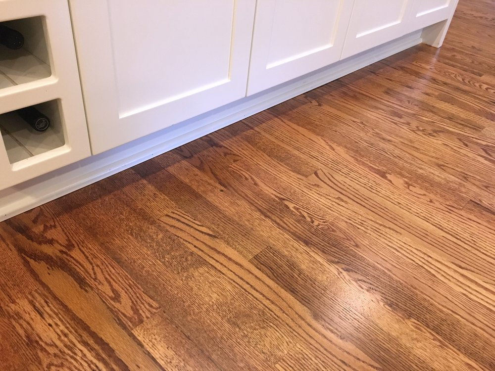 Select Red Oak, Medium Stain, Swedish Finish