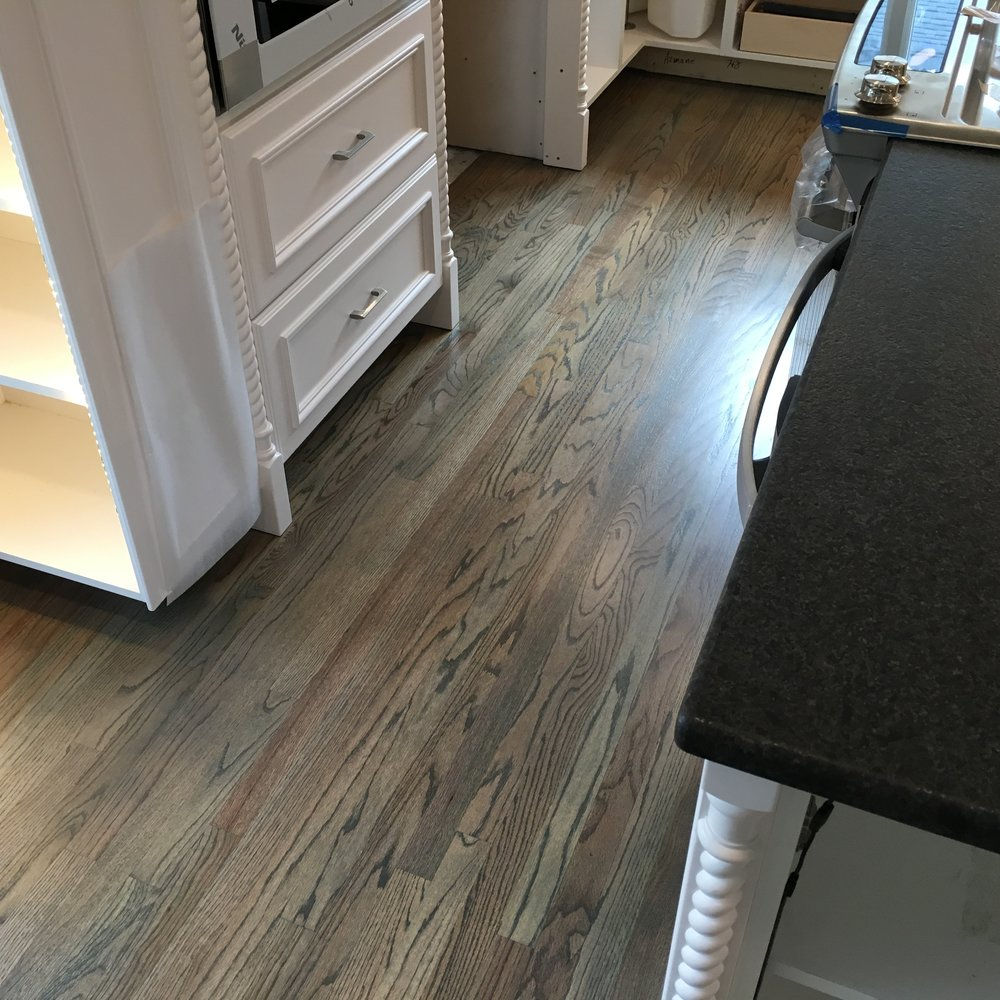 Select Red Oak, Grey Stain, Swedish Finish