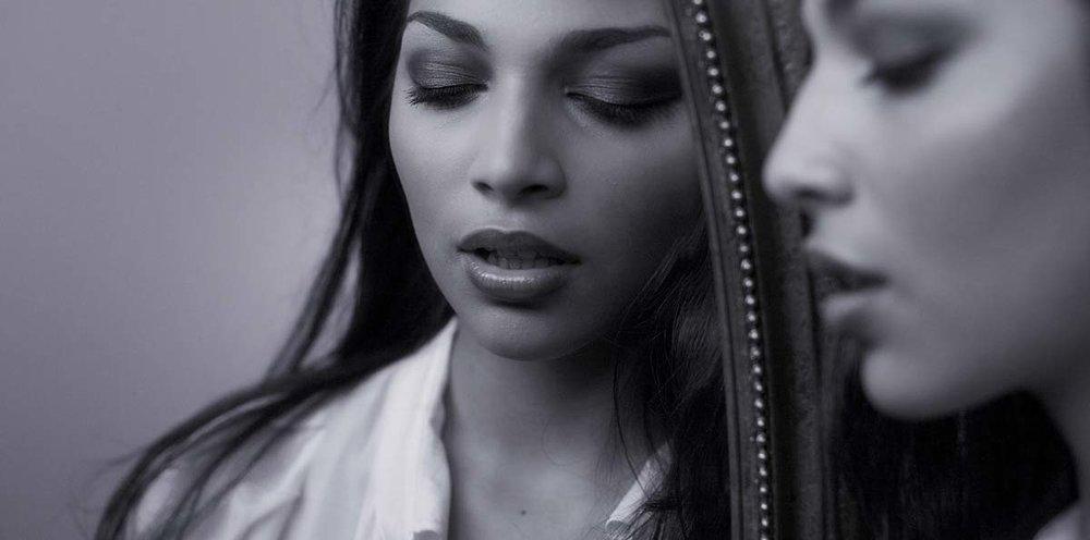boudoir black & white photo