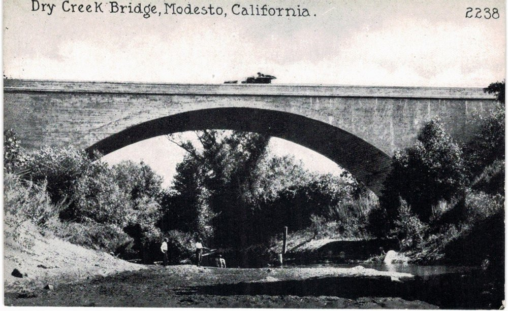 1906 - 1910 Dry Creek Bridge.jpg