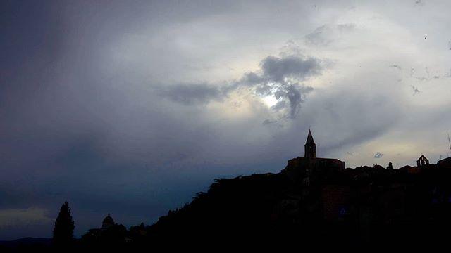🏰 castles on hills 🏰