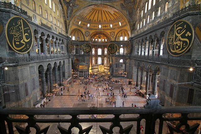 Thinking about my trip to #Turkey in 2012, #istanbul was one of my favorite cities I've got to visit. Curious where to go next 🤔 ... #istanbul #romanempire #history #travel #europe #asia #wanderlust #traveller #traveler