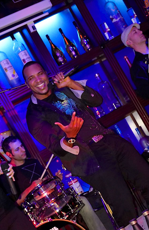 NEON_band_live_music_best+band_phoenix_weddings_corporate+events_nightclubs_dony_adair_blue_martini.jpg