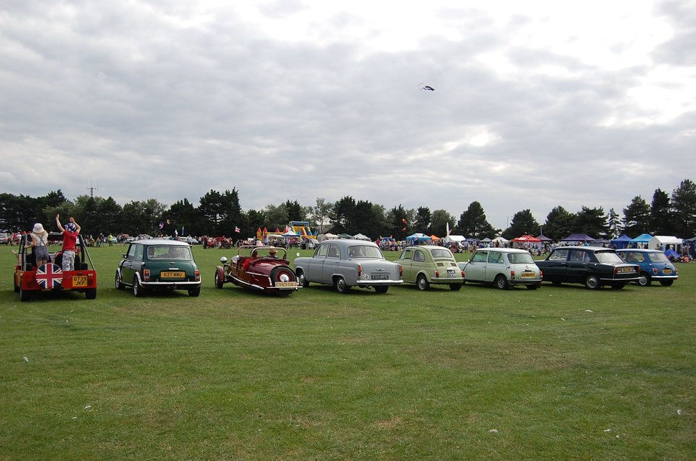 Classic Car Line up.jpg