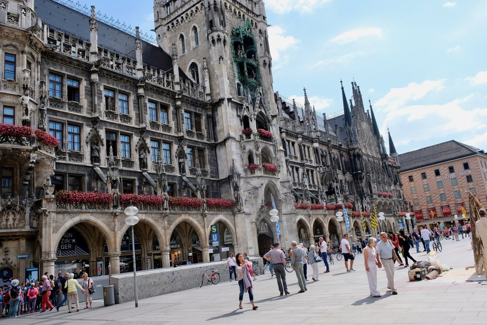 Central Munich, Marienplatz. Does the city now have a dominant Green heart? The 2018 state elections suggest so ( © Paul Wheatley )