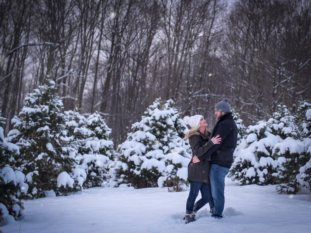 Winter snow engagement wedding morgantown