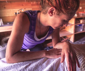 aoife massage, nourish, nourishinnature, retreats. retreats for women, womens retreats, yoga, herbs, nutrition for women