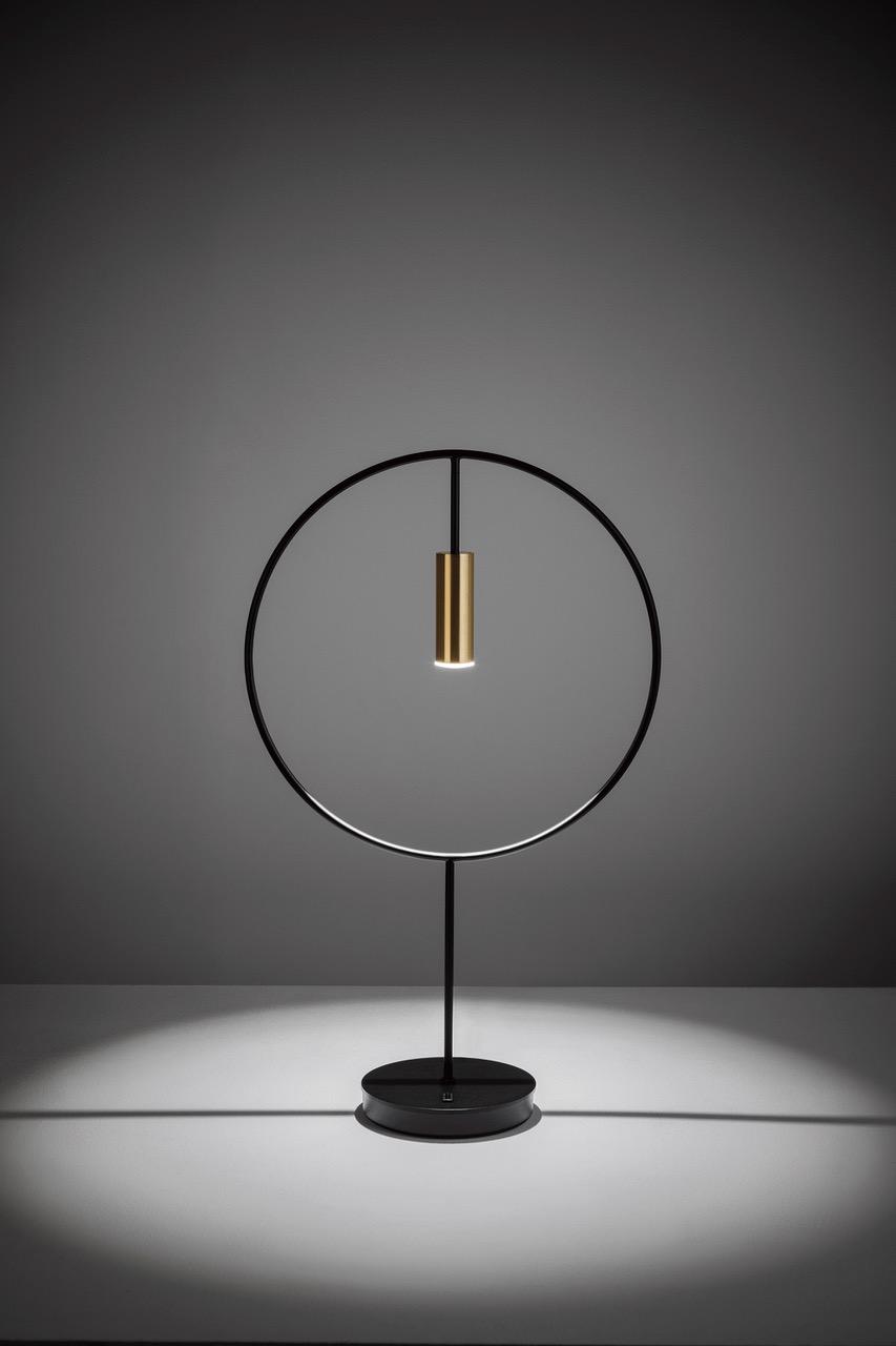 Revolta_M-3637_table_lamp_estiluz_p02.jpeg