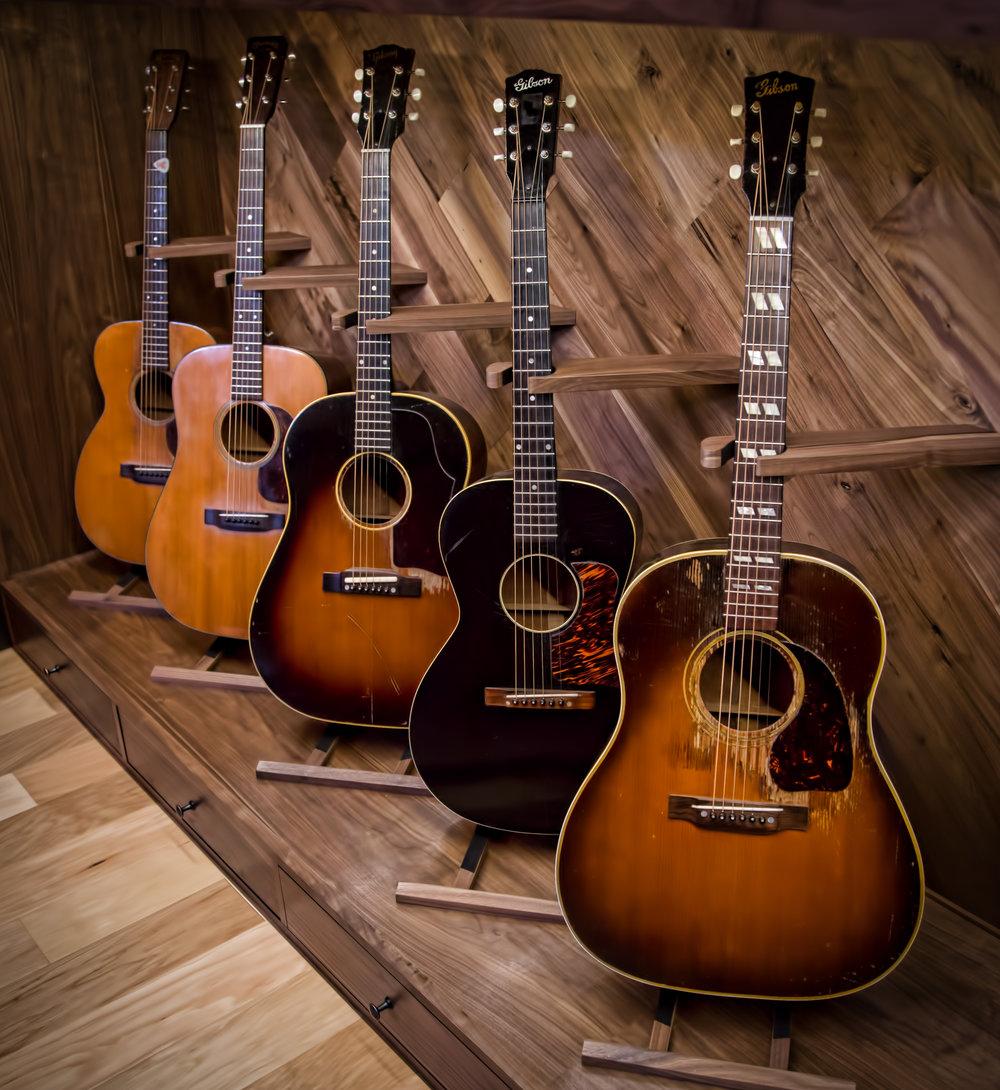 Analog Guitars