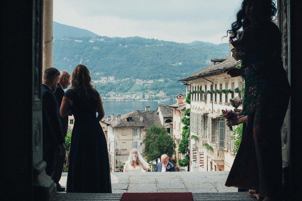 2016-Julius-Silke-Lake-Orta-Wedding-Photographer-Italy-Alessandro-Avenali-36.jpg