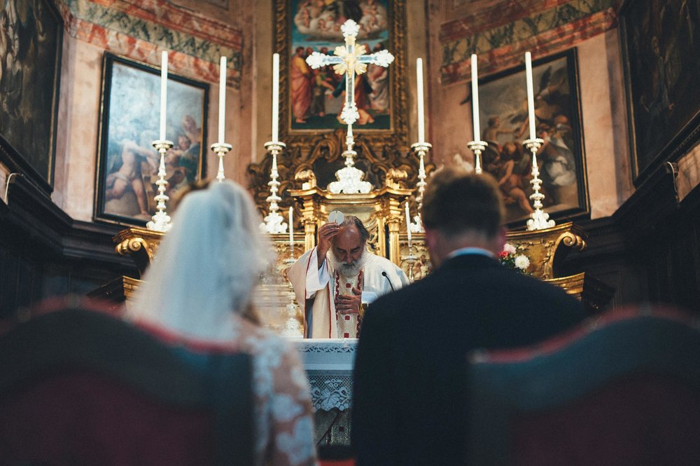 2016-Julius-Silke-Lake-Orta-Wedding-Photographer-Italy-Alessandro-Avenali-45.jpg