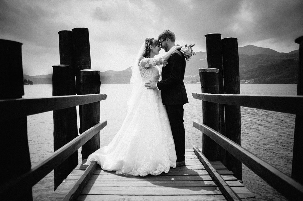 2016-Julius-Silke-Lake-Orta-Wedding-Photographer-Italy-Alessandro-Avenali-57.jpg