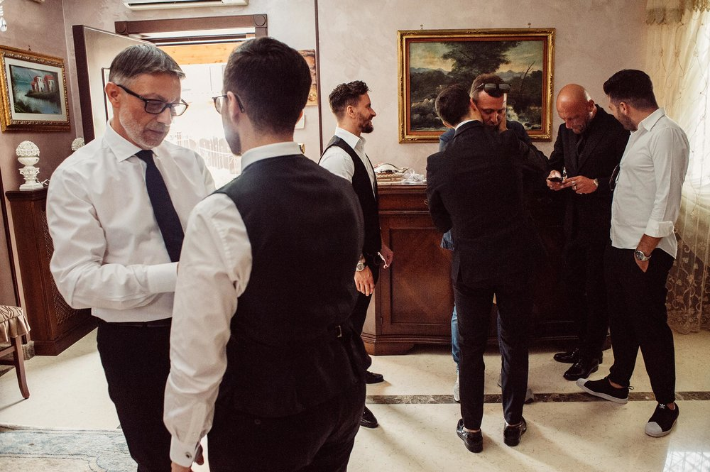 wedding-in-naples-the-grooms-relatives-and-friends.jpg