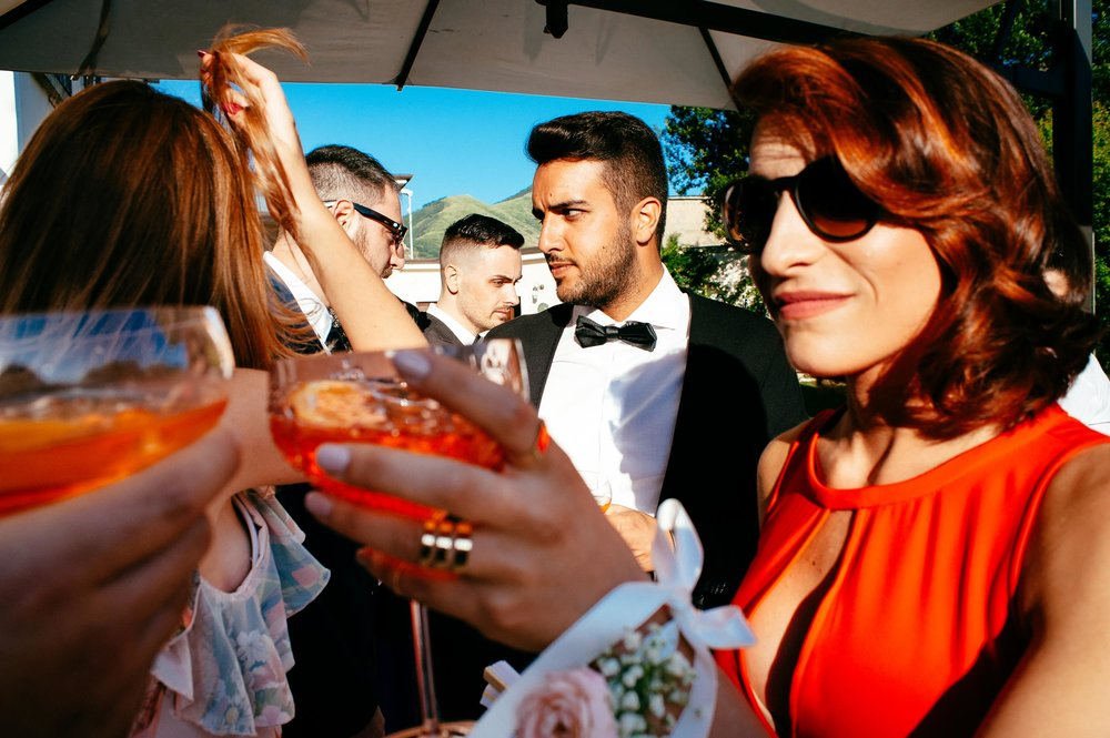 wedding-in-naples-toasting-in-colors.jpg