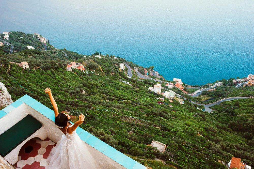 Ravello, Amalfi Coast, Villa Cimbrone Balcony. Bridal Portrait.
