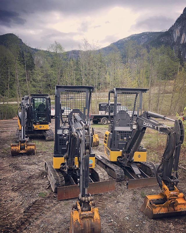 Go time for the mini forest sharpers #joydiggers #compliancers #deere #17G #50G