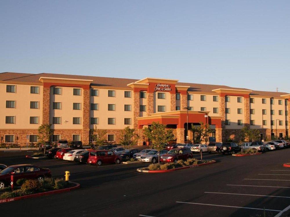 HAMPTON INN & SUITES — FOLSOM, CA