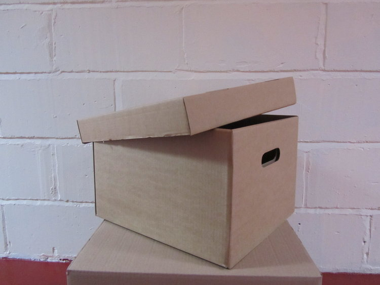 various size boxes and packing materials available at umbrella