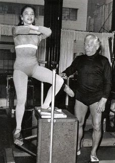 Eve Gentry with J. Pilates (1950s) photo from  paleolates.com