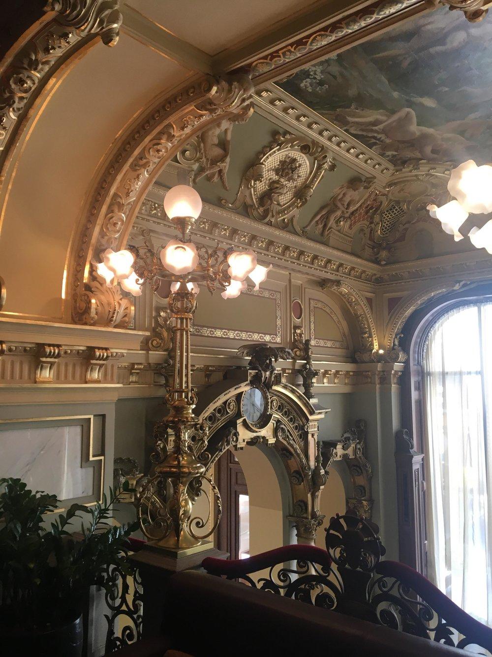 Budapest's Palace Cafe | New York Cafe Interior | jumpseatjenny | Travel and Lifestyle Blogger | Budapest Hungary