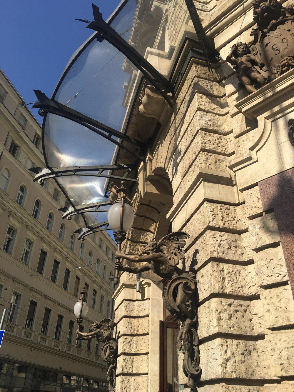 Budapest's Palace Cafe | New York Cafe Exterior | jumpseatjenny | Travel and Lifestyle Blogger | Budapest Hungary