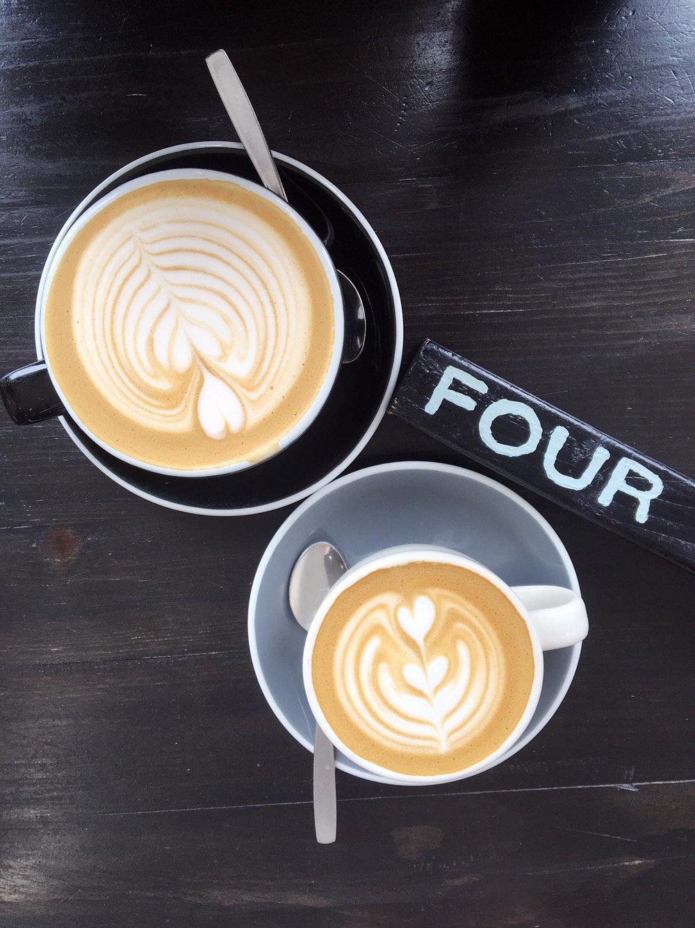 Brunch at Baddies | Almond Milk Latte | Travel and Lifestyle Blogger | Toronto Ontario