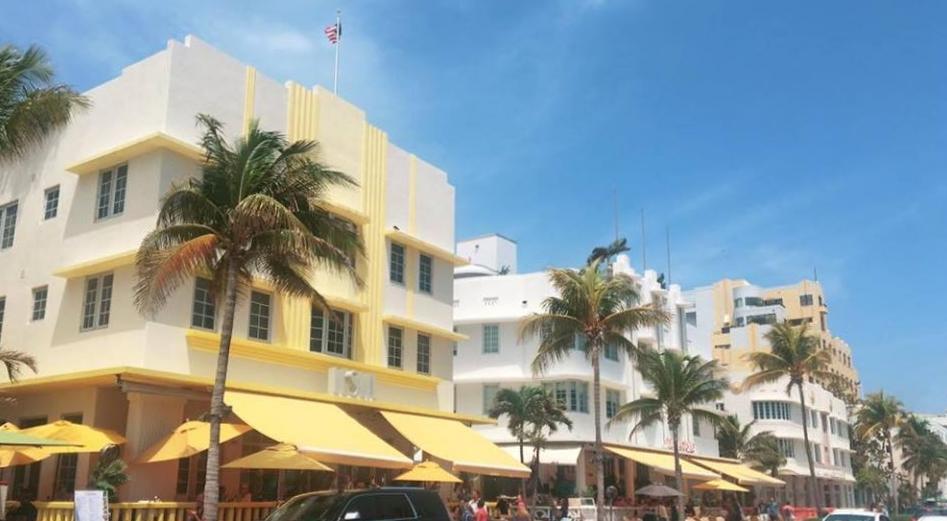 A Glimpse Into Miami's Art Deco Paradise | Ocean Drive | jumpseatjenny | Miami Florida.jpg
