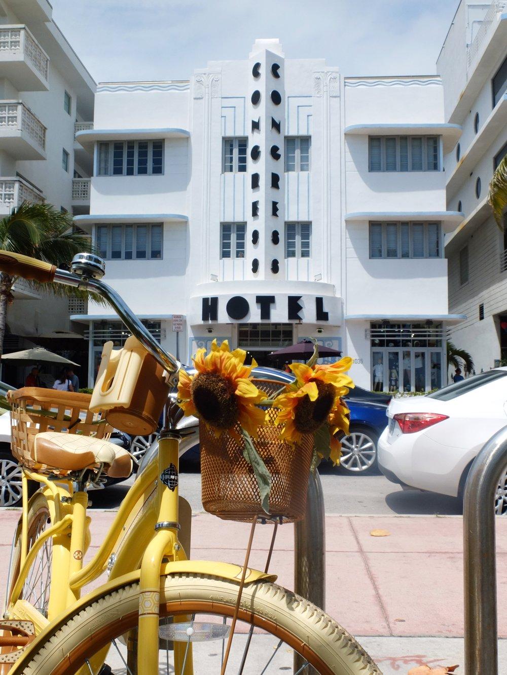 A Glimpse Into Miami's Art Deco Paradise | Congress Hotel | jumpseatjenny | Miami Florida.JPG