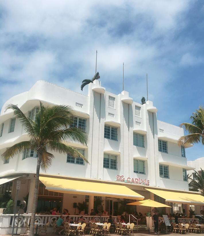 A Glimpse Into Miami's Art Deco Paradise | The Carlyle | jumpseatjenny | Miami Florida .jpg