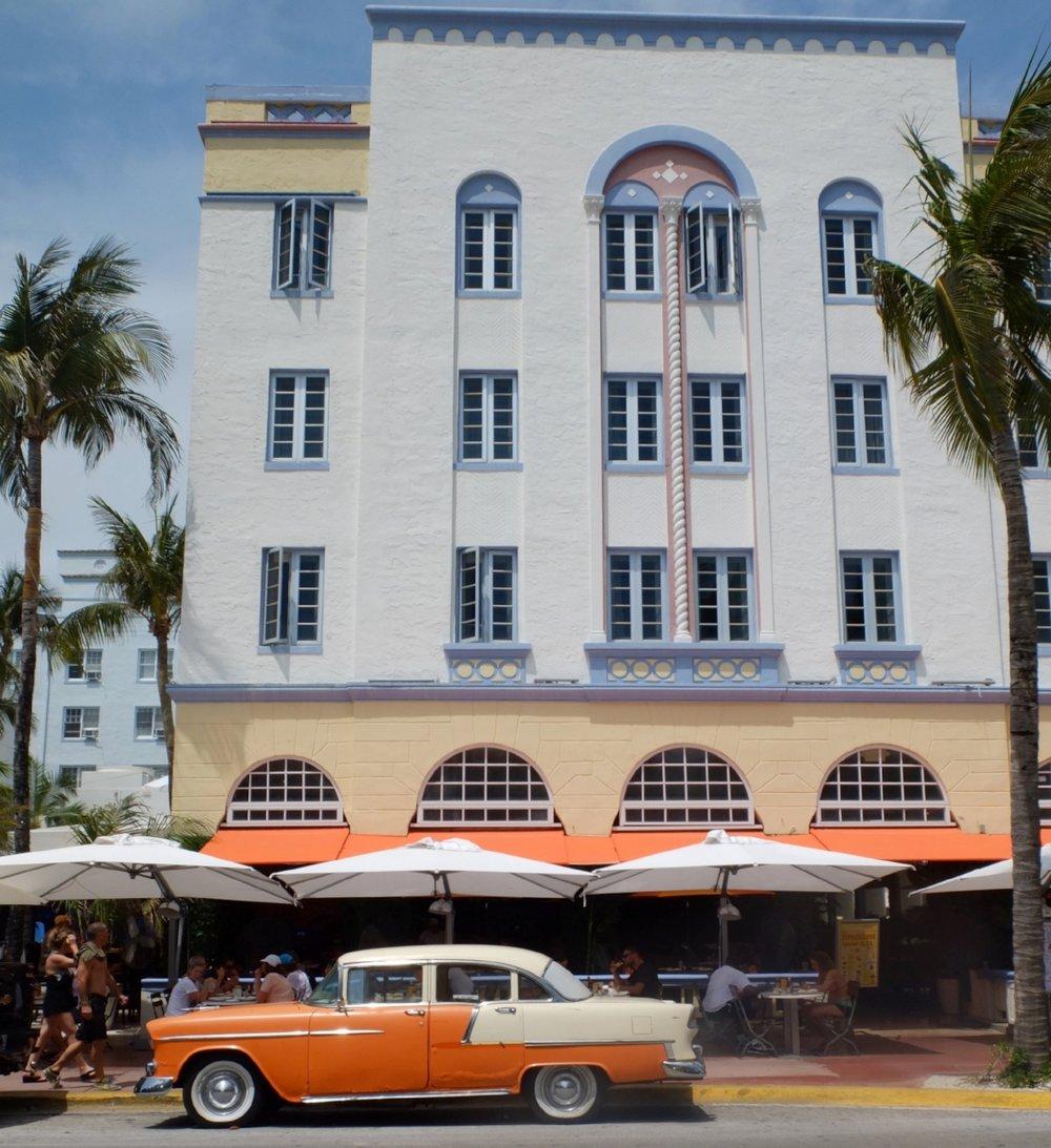 A Glimpse Into Miami's Art Deco Paradise | Edison Hotel | jumpseatjenny | Miami Florida.JPG
