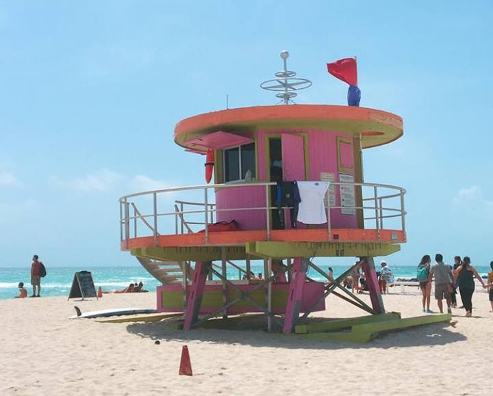 The Insta-Worthy Lifeguard Huts of South Beach | Pink | jumpseatjenny | Miami Florida.jpg