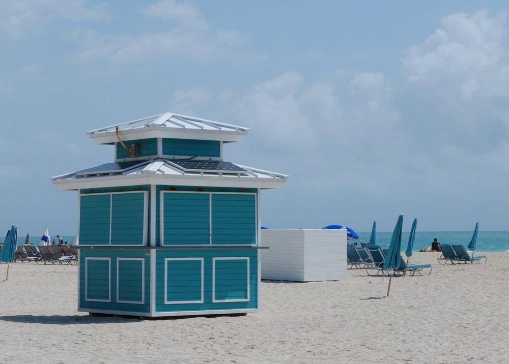 The Insta-Worthy Lifeguard Huts of South Beach | Blue | jumpseatjenny | Miami Florida.JPG