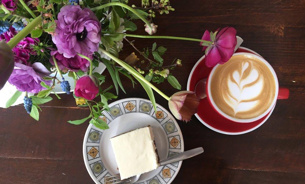 Durand Coffee | Carrot Cake & Latte | jumpseatjenny | Hamilton Ontario.jpg.jpg