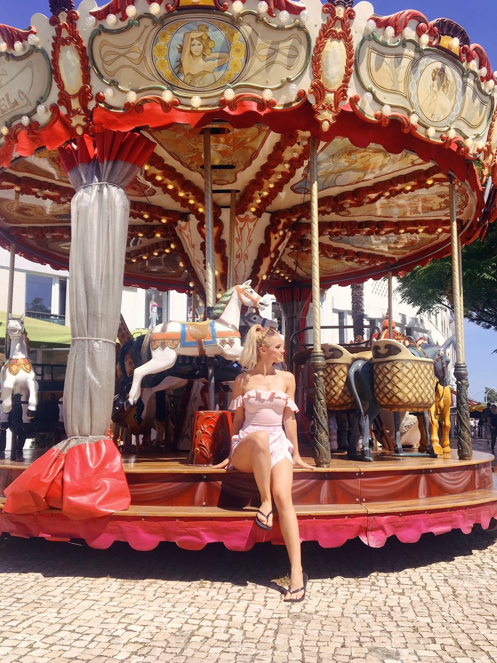 Vamos a Lagos | Carousel | jumpseatjenny | Lagos Portugal.jpg