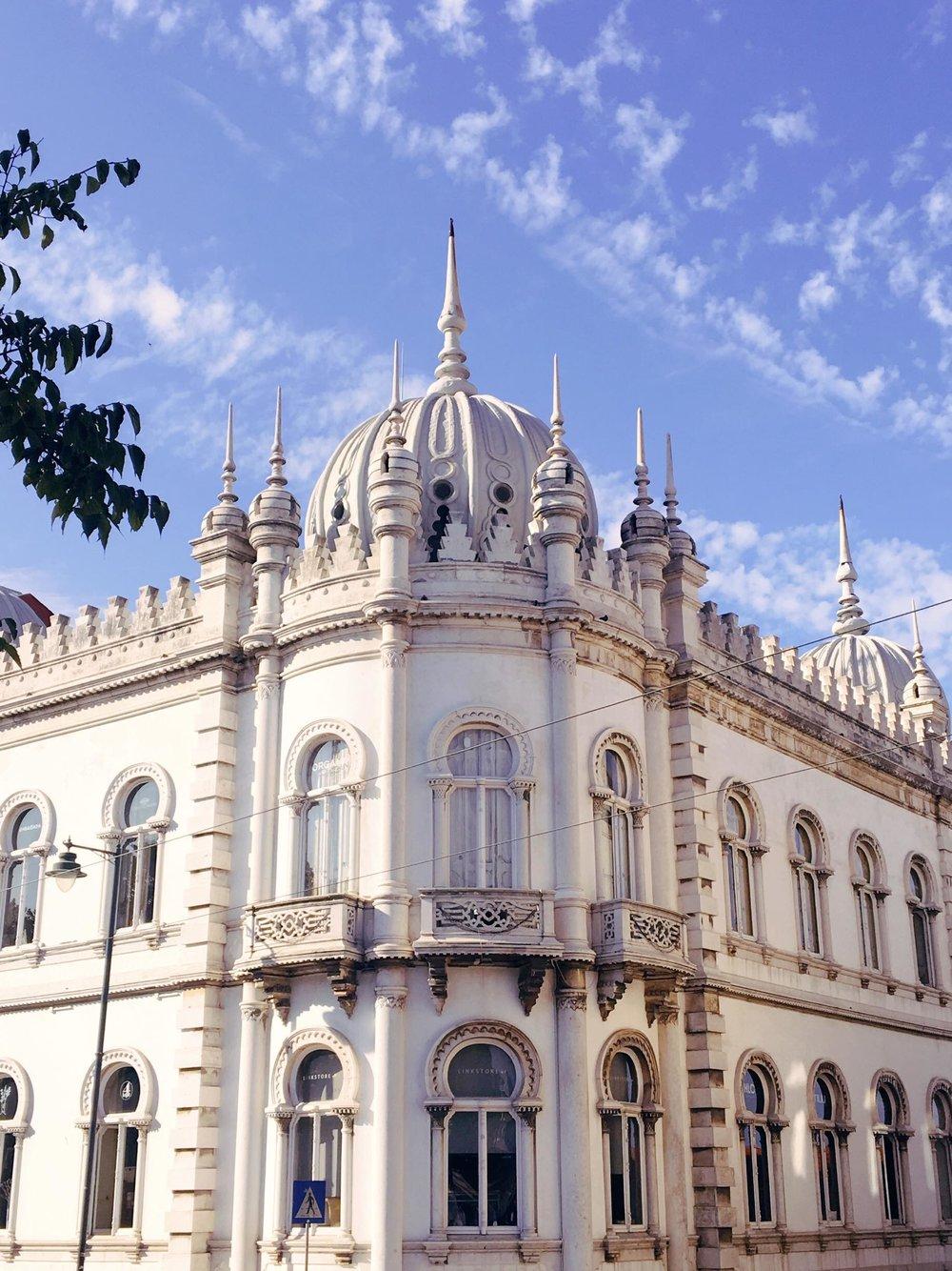 Layover In Lisbon   Exterior Ribeiro da Cunha Palace  jumpseatjenny   Lisbon Portugal.jpg