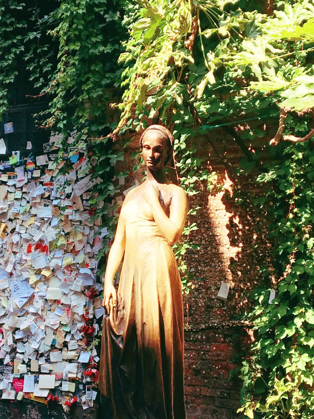 Visiting Verona | Juliette | jumpseatjenny | Verona Italy.jpg