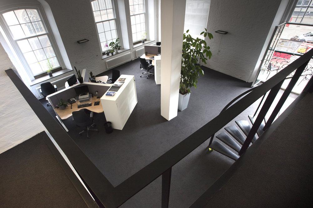 Interieuradvies ontwerp realisatie en styling kantoor Arnhem 3.jpg