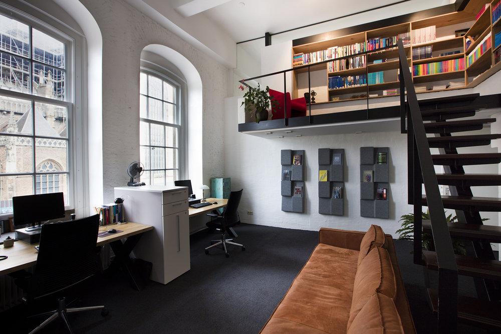 Interieuradvies ontwerp realisatie en styling kantoor Arnhem 4.jpg