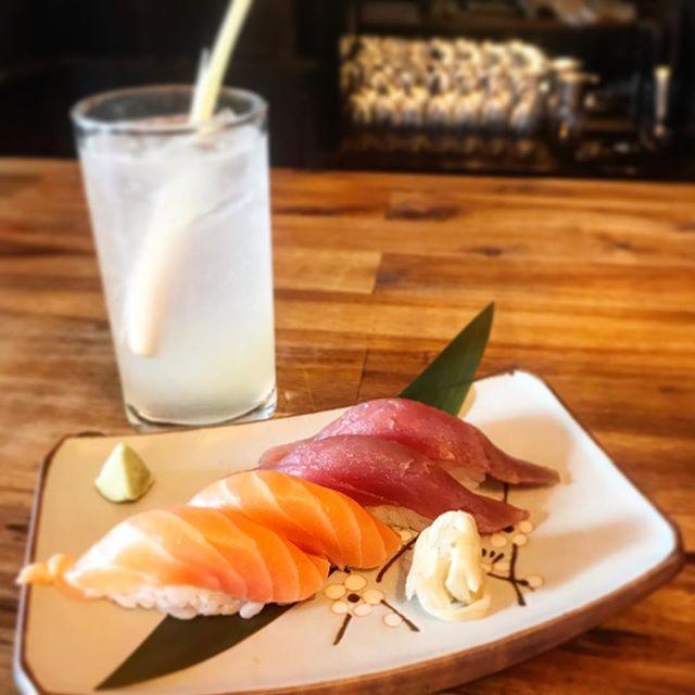 It's Friday, it's sunny outside : come and enjoy cocktail & sushi ! #londonrestaurants #sushirestaurant #sushilondon #sunnyafternoon #thanksgoditsfriday