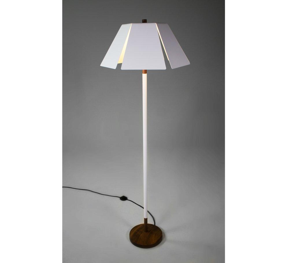 lampboarder.jpg
