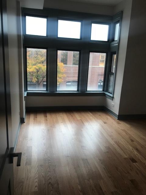 115 Oak Pk Bedroom.jpg