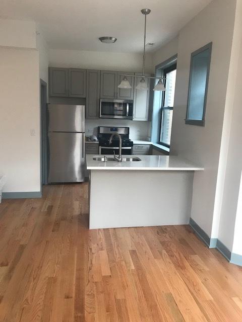 115 Oak Pk Kitchen B.jpg